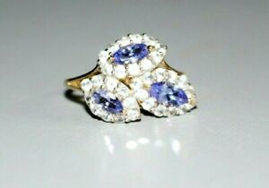 MODERN 9CT GOLD TANZANITE & CLEAR FACETED STONES. RING. SIZE Q 1/2.