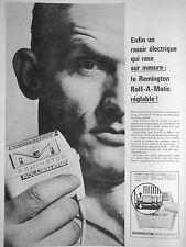 PUBLICITÉ 1960 REMINGTON ROLL A MATIC UN RASOIR ÉLECTRIQUE QUI RASE SUR MESURE