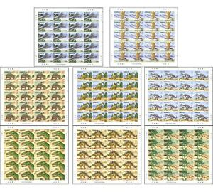 Kiribati 2006 Dinosaurs Set of 8 Full Stamp Sheets Mint Unhinged MUH (SG 772/9)