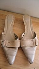 Yellow Box Women's Low Heel Slippers Size 9 Beige/Tan Leather