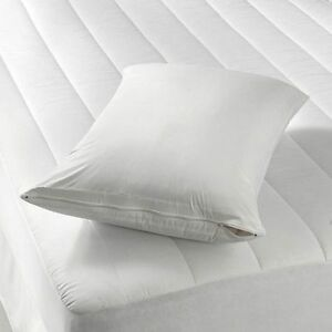 4 Deluxe Zippered Vinyl Pillow Covers Protects Against Bed Bugs Sanitary Home