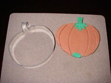 COOKIE CUTTERS 5IN PUMKIN BISCUIT PASTRY PASTRY Halloween