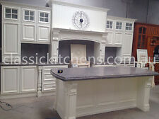 Provincial style Kitchen - Traditional design classic farmhouse kitchen.