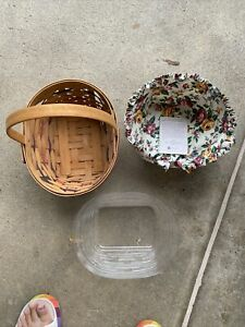 Longaberger Small Easter Basket with Liner & Protector 1996.