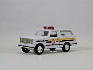 1980 - 1986 Ford Bronco Fire Chief Fire Police Truck Collector Model 1/64 Scale