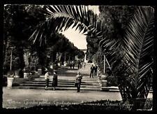 VITTORIA giardini pubblici verso il monumento a vittoria colonna