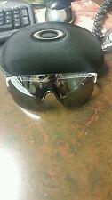 Oakley Sunglasses with case No RESERVE