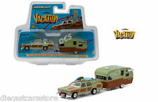GREENLIGHT 1979 TRUCKSTER WAGON QUEEN AND TRAVEL TRAILER NATIONAL LAMPOONS 1/64