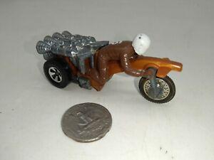 Vintage Hot Wheels RRRumblers Rumblers Motorcycle Diecast Roamin' Candle & Rider