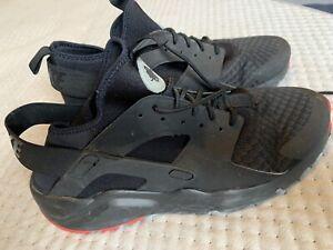 Nike Air Huarache Size 10 Black
