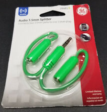 NEW   Audio 3.5mm Splitter (GREEN) Connects two 3.5mm Jacks to one 3.5mm Plug