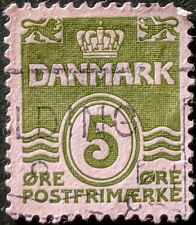 Stamp Denmark 1930 5ore Wavy Lines Used