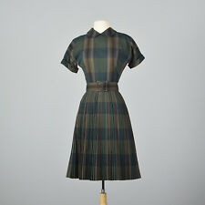 XS 1950s Summer Dress Green Plaid Pleated Skirt Short Sleeves Day Wear 50s VTG