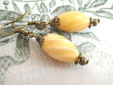 Ohrringe Butterscotch - Ohrhänger Tropfen dottergelb gelb creme Vintage Stil
