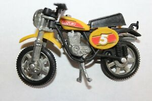 Vintage Zee Toys Ridge Rider Diecast Yellow Suzuki Motorcycle Dirt Bike #5
