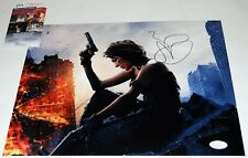 MILLA JOVOVICH signed (RESIDENT EVIL) 11x14 photo *ALICE* PROOF JSA Authentic #2