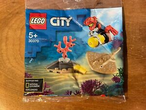 Lego City 30370 Scuba Diver with Dark Tan Stingray Polybag Brand New Sealed