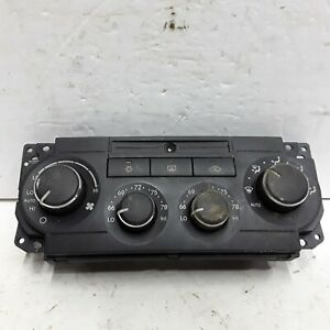05 06 07 Chrysler 300 Dodge Charger Magnum Dual Zone heater AC control P55111030
