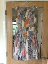 Miss Real Size 8 Pretty Lined With Net To The Bottom Dress In Grey Mix