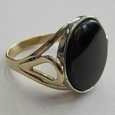 VINTAGE 14K YELLOW GOLD WITH A ROUND BLACK ONYX RING SIZE 7 1/4