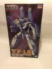"""Macross """" Do You Remember Love? """" (Hasegawa) VF-1A Super Battroid Valkyrie 1/72"""