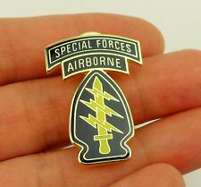 Us Army Special Forces Command Airborne Combat Badge Pin Green Beret Badge