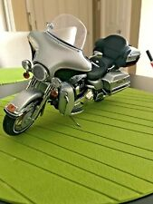 Franklin Mint 2003 Harley-Davidson Ultra Classic Electra Glide 1:10