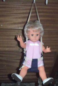 Ancienne balançoire de poupées Modes et Travaux Françoise