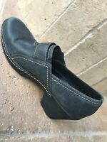 "Clarks Bendables Gray Leather Comfort 3"" Heel Dress Shoes Women's 9"