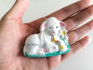 Calamita in ceramica agnello pasquale decorata a mano