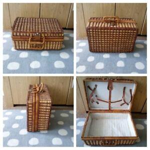 VINTAGE - Wicker Picnic Hamper Case Basket Empty Multi use