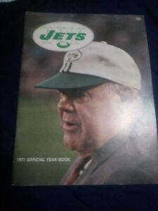 1971 New York Jets Yearbook excellent condition (see scan)