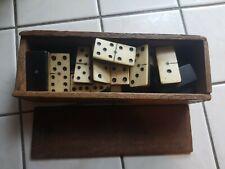 Ancien jeu de domino 28 pièces collection jouet photos réelles