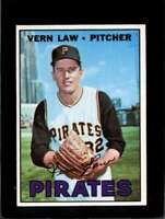 1967 TOPPS #351 VERN LAW EXMT PIRATES  *XR11117