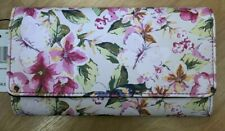 WOMEN'S MUNDI WALLET FILE MASTER FLORAL MULTI WALLET SAFE KEEPER SHIELD
