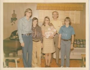 Casual Family Portrait With Crochet Throw FOUND PHOTO Snapshot VINTAGE 811 38 H