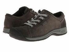 "Med 1 3/4"" to 2 3/4"" Women's Leather Athletic Shoes"