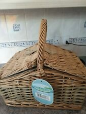 new picnic basket,hamper,4 persons,wicked basket