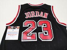Chicago Bulls #23 Autographed 97-98 Final Ver. Jersey + COA
