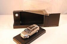 Schuco Volkswagen Golf Variant perfect mint in dealer box 1:43