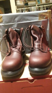 Red Wing  STEEL TOE Brown Waterproof MADE IN THE USA 6 Inch Boots SIZE 11 D