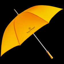 VEUVE CLICQUOT CHAMPAGNE LARGE GOLF UMBRELLA ORIGINAL STYLE WOODEN HANDLE