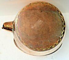 Belle bouilloire en cuivre,assemblée par brasure crénelée de laiton