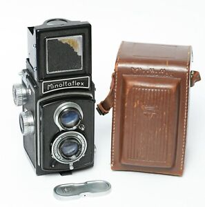 Minoltaflex II Twin Lens Reflex Camera 1951 with case and lens cap - Nice camera