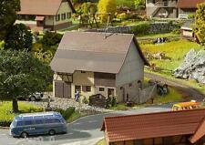 Granero Con hocheinfahrt, FALLER Miniaturas Kit Construcción H0 (1:87 ), ART.