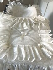 Coach built  pram  Quilt Set  to fit Silver Cross pram in Cream Teddy lace