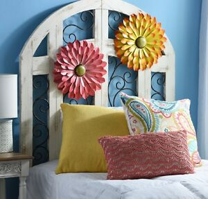 Metal Flowers, Essential Wall Decor of Spring & Summer! Brighten your Place