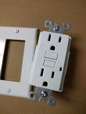 (1 pc) NEW 15A GFCI Outlet Receptacle 15 Amp White w/ LED Light + Wallplate