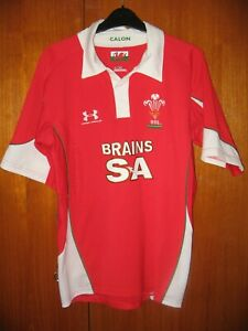 Wales Rugby Union Football Jersey Shirt Under Armour size S 36/38 with collar