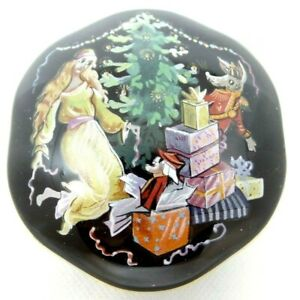 The Nutcracker Porcelain Music Box Marie & The Mouse King Franklin Mint 1988